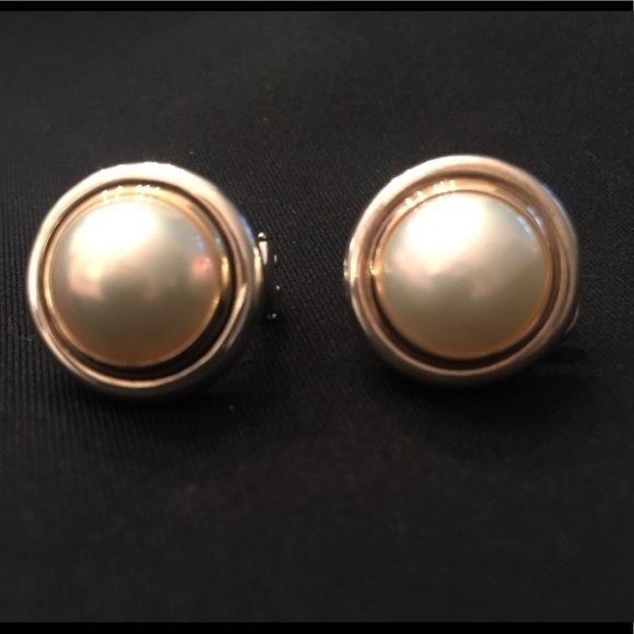 55d2d5c7f1242 😍 Tiffany & Co retired earrings